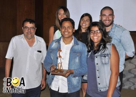 Vencedores da categoria Jornalismo On line de 2015. Equipe do portal Tribuna do Ceará