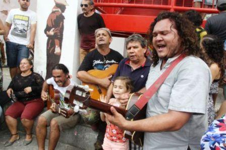 homenagem na despedida do cantor e compositor Belchior